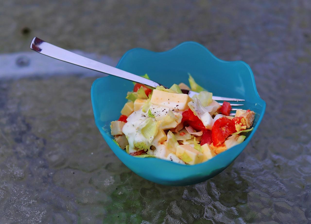Le saladier, léger et pratique pour cuisiner